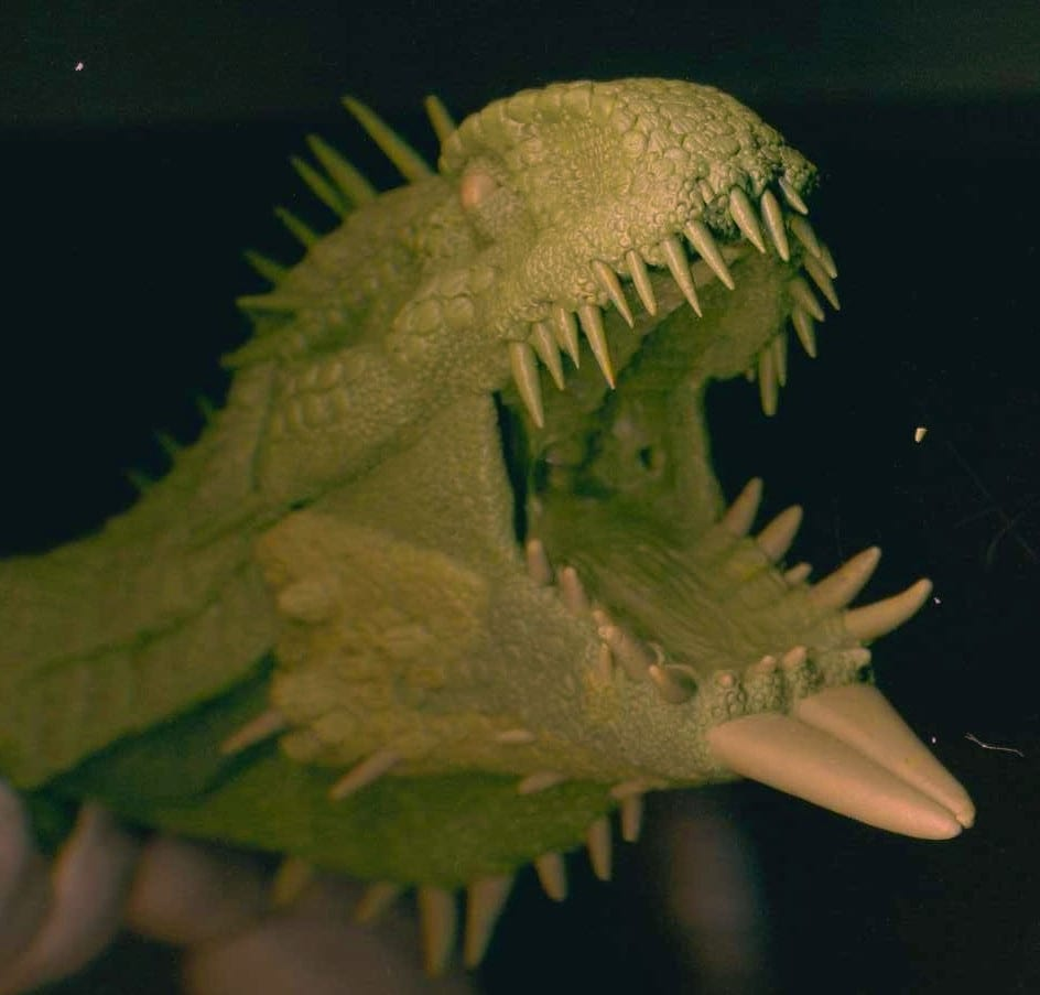 A fantasy dragon model sculpted by mixing Green Stuff and Geomfix Original A+B together